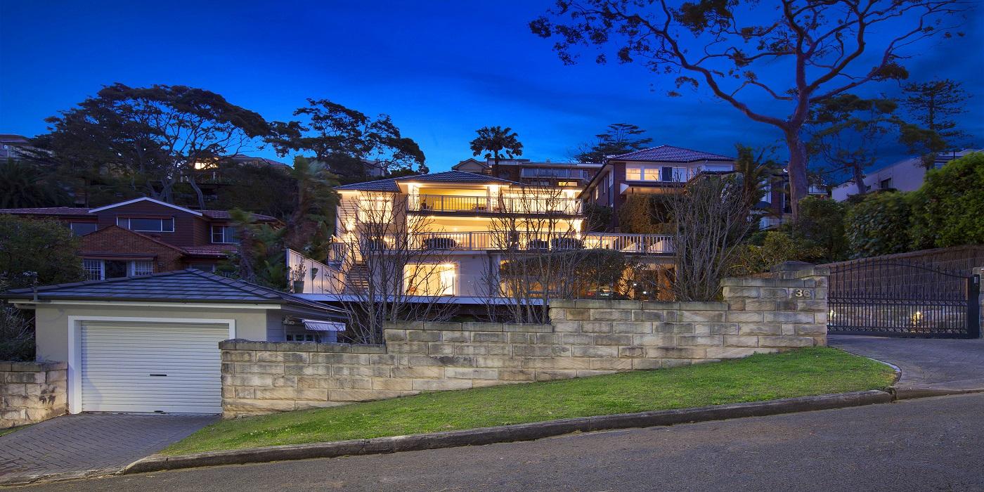 Holiday Rentals Balmoral Beach House